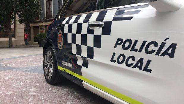 La Policía Nacional busca a tres individuos en Granada que intentaron violar en grupo a una joven de 23 años