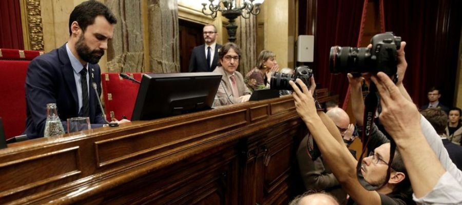 JxCat, ERC y la CUP reivindican en el Parlament que Puigdemont, Sànchez y Turull puedan ser investidos