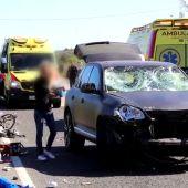 Nueve ciclistas heridos, dos de ellos en estado grave, al ser atropellados por un vehículo en Mallorca