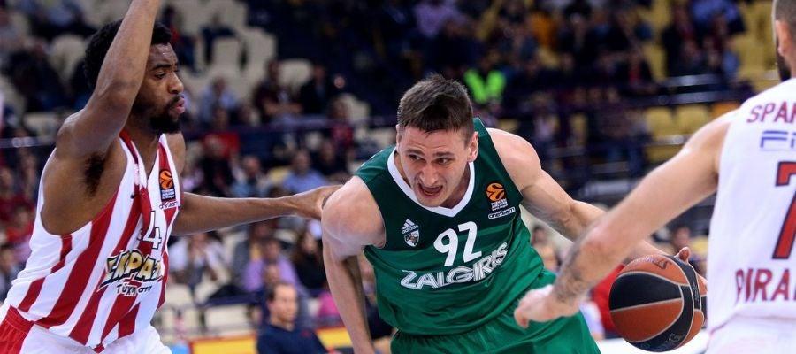 Momento del encuentro entre Olympiacos y Zalgiris