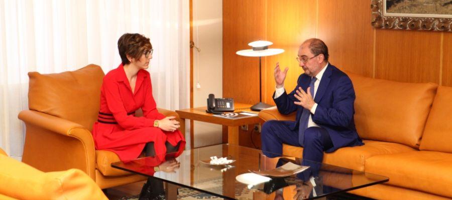 Reunión entre Violeta Barba y Javier Lambán