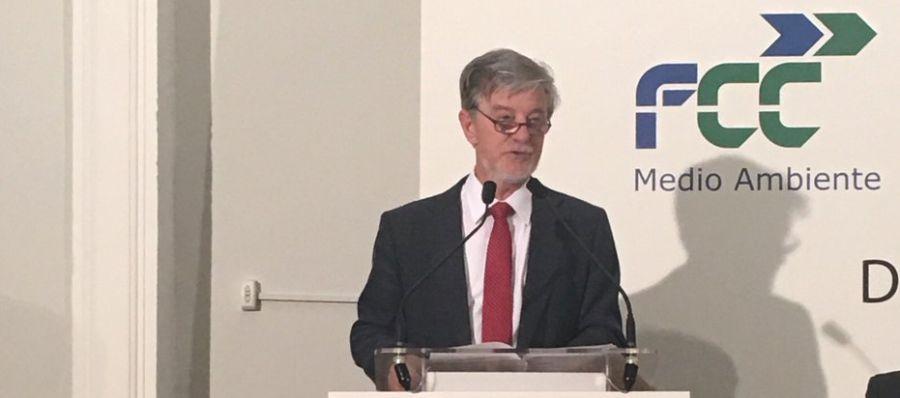 El alcalde Santisteve en un acto en Madrid