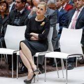 Cristina Cifuentes en un acto de la AVT