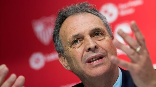 """Joaquín Caparrós: """"De momento no echo de menos el banquillo, estoy muy contento en mi cargo"""""""