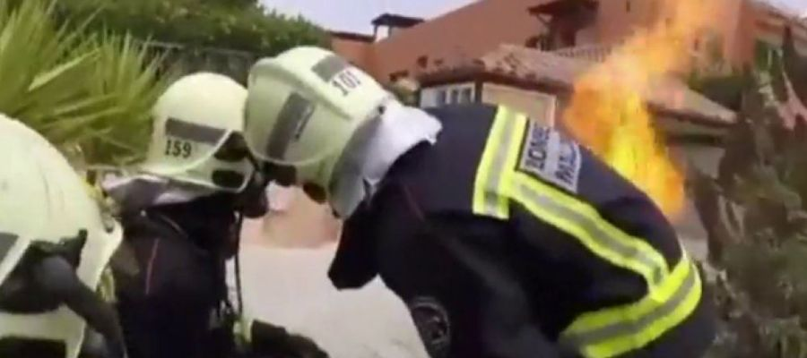 Bomberos de Mallorca en un incendio