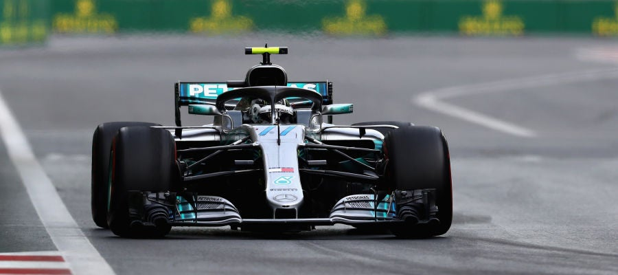 Valtteri Bottas, en pista con su Mercedes