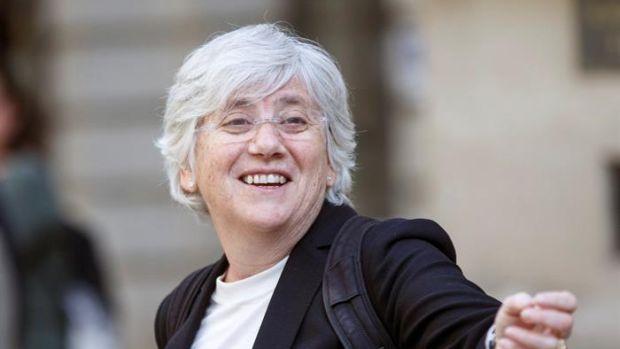 Escocia deja en libertad provisional a Ponsatí después de entregarse en comisaria