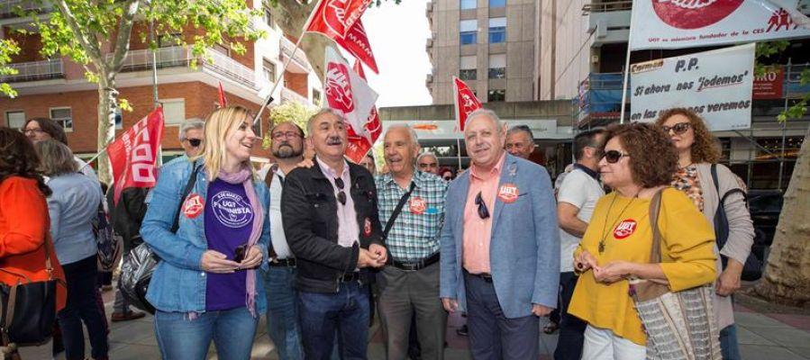 El líder de UGT, Pepe Álvarez, en una concentración de pensionistas