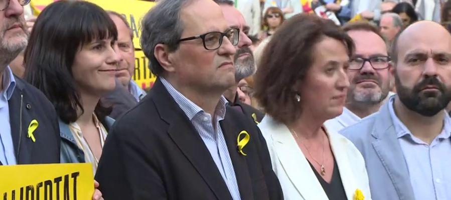 Torra acude a la concentración para pedir la libertad de los 'Jordis'