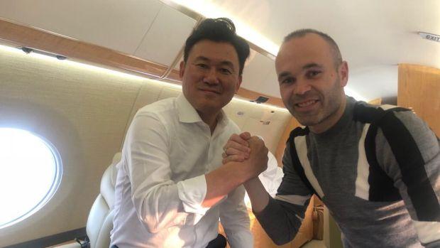 Iniesta ya viaja a Japón y el jueves será presentado como nuevo jugador del Vissel Kobe