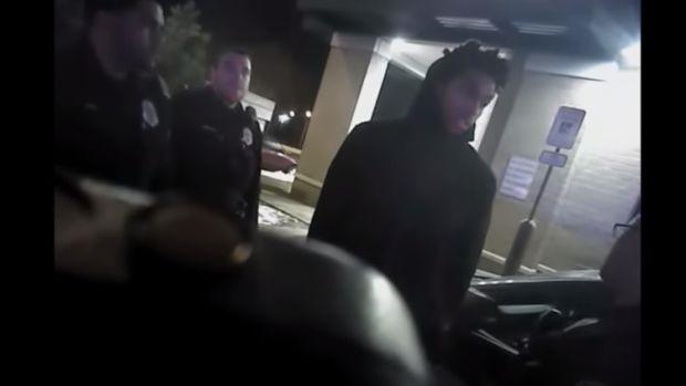 Publican el vídeo del arresto y maltrato policial a Sterling Brown, jugador afroamericano de la NBA