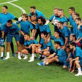 El Real Madrid repite foto típica en la final de Kiev.