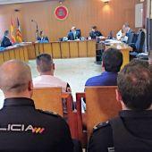 """Los acusados del clan """"El Raúl"""" de Son Banya comparecen ante el juez."""