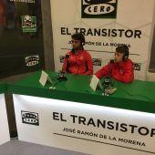 Enric, entrenador del Espanyol, y Javier, jugador del Atlético de Madrid
