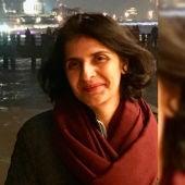 La periodista y activista paquistaní Gul Bujari