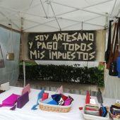 Pancarta contra la venta ambulante