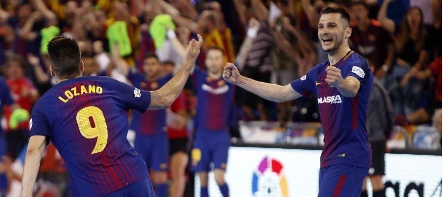 Lozano celebra un gol ante Movistar Inter