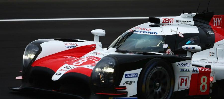 El Toyota número 8 de Fernando Alonso en Le Mans