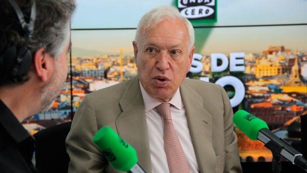 <p>Entrevista completa a José Manuel García-Margallo en Más de uno</p>
