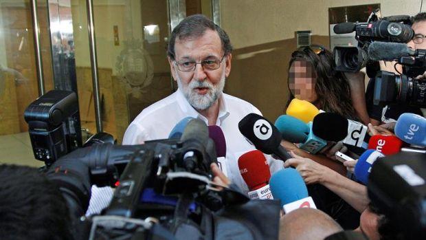 <p>Mariano Rajoy se reincorpora a su plaza de registrador de la propiedad en Santa Pola</p>