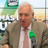 José Manuel García-Margallo en los estudios de Onda Cero
