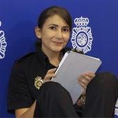 La inspectora Carolina González