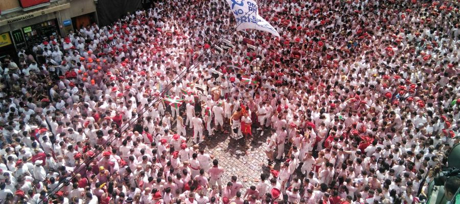 Pamplona, preparada para nueve días de fiesta ininterrumpida con el lanzamiento del chupinazo este sábado