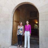 La presidenta del Govern Balear, Francina Armengol, y la ministra de Industria, Comercio y Turismo, Reyes Maroto.