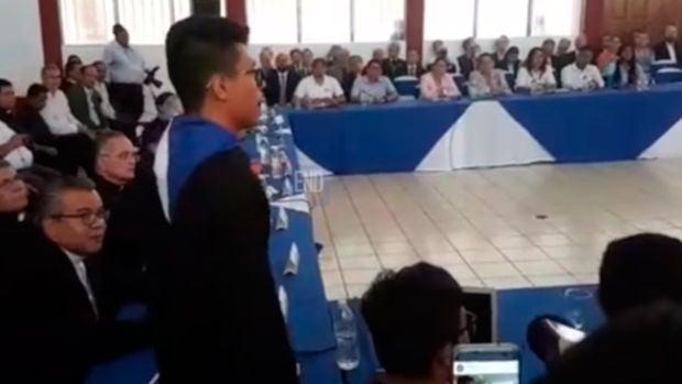 """Lesther, el joven que silenció al presidente de Nicaragua: """"Nosotros hemos puesto los muertos"""""""
