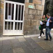 Susana Pedreira entrevista o alcalde de Pontevedra mentras pasean polas rúas da cidade