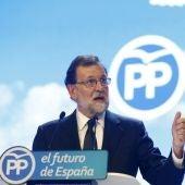"""Más Vale Tarde (20-07-18) Rajoy hace balance de su trayectoria en su discurso de despedida del PP: """"Hemos dado la vuelta por completo a la crisis económica"""""""