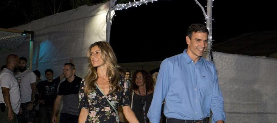 Pedro Sánchez y su mujer a su llegada al concierto de The Killers en el FIB (Benicàssim)