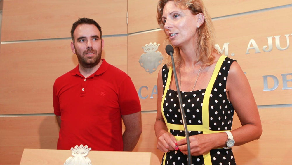 La alcaldesa de Castellón, Amparo Marco y el concejal de movilidad, Rafa Simó.