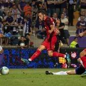 Remate de Pablo Sarabia en Europa League