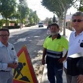 Alberto Lillo ha visitado las obras de la calle Camino Viejo de Alarcos
