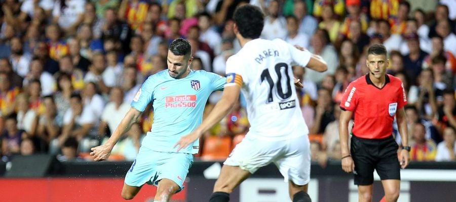 Vitolo durante un partido contra el Valencia