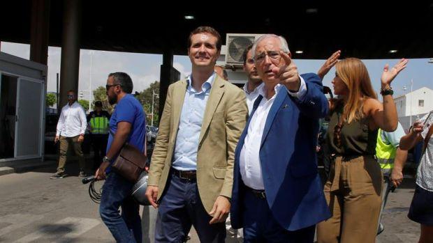 El líder del PP, Pablo Casado y el presidente de la Ciudad Autónoma de Melilla, Juan José Imbroda
