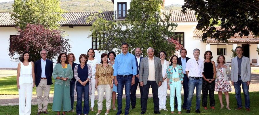 Sánchez reúne a su Gobierno en Quintas de Mora