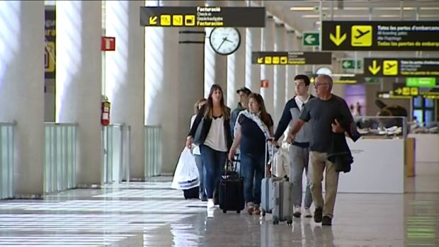 Un detenido por amenaza de bomba en un avión del aeropuerto de Palma