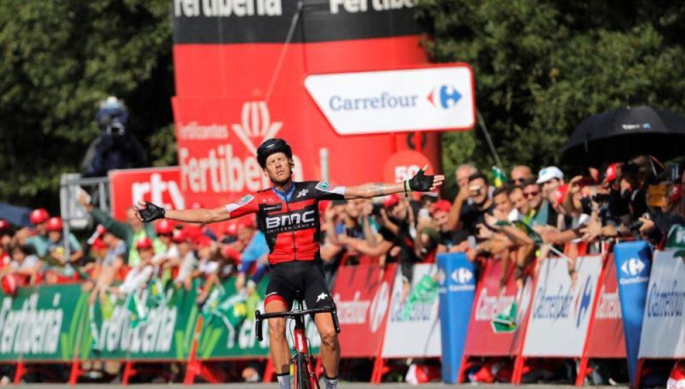 El italiano Alessandro De Marchi (BMC) se impone vencedor en la undécima etapa de la Vuelta Ciclista a España