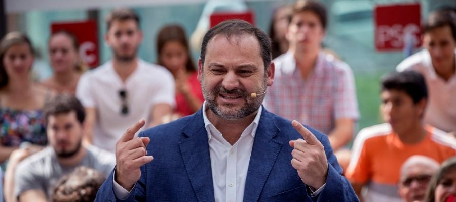 El ministro Ábalos durante un acto del PSOE