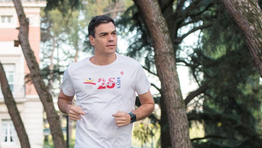 Pedro Sánchez corriendo (Archivo)