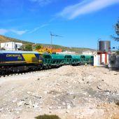 Tren trabaja en las obras de la Alta Velocidad en Loja