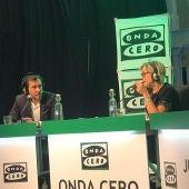 Óscar Puente con Julia Otero en Julia en la Onda