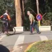 Camionero agrede a ciclistas