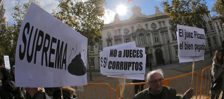 Los bancos no pagarán impuestos hipotecarios de los créditos que concedan al Estado, confesiones religiosas o partidos políticos