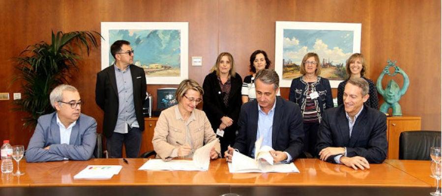 Firma del acuerdo de creación de la Cátedra