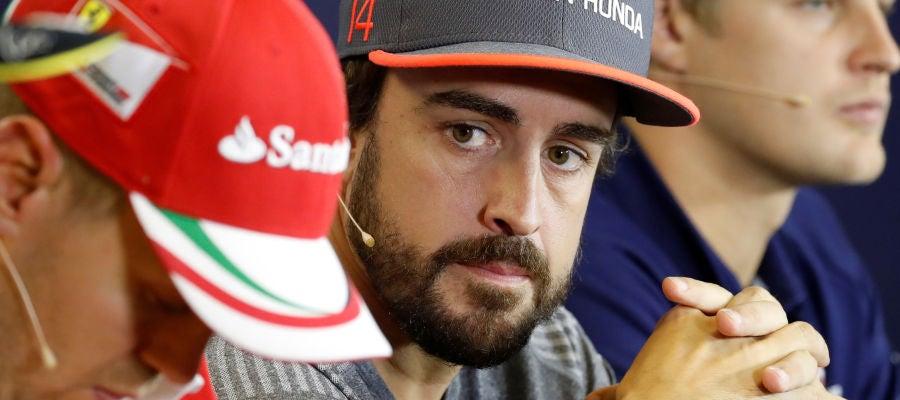 Fernando Alonso y Sebastian Vettel, en rueda de prensa