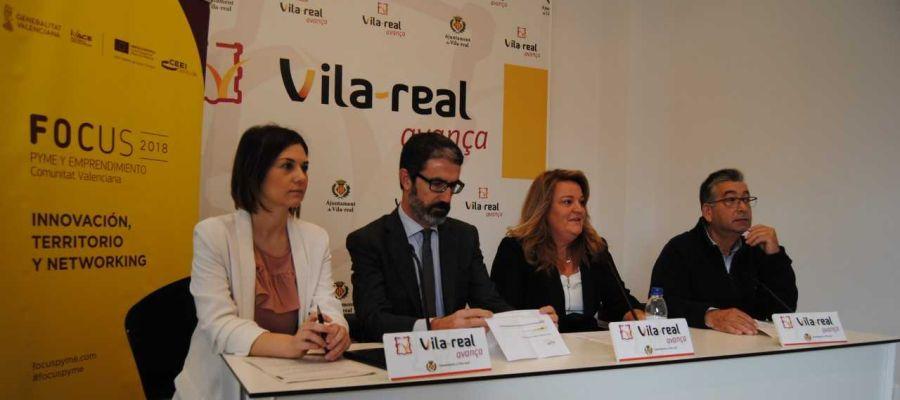 La directora d´Internacionalització Maria Dolores Parra junt amb el director del CEEI Justo Vellón, la regidora d´Innovació Mónica Mañas i el director de Destaca Juan Carda.