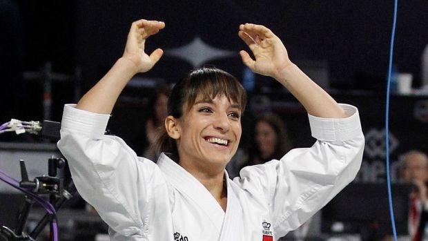 El éxito mundial de la karateca Sandra Sánchez que fue descartada por su edad